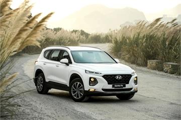 """Hyundai Santa Fe 2019 """"cháy hàng"""" tháng đầu tiên mở bán"""