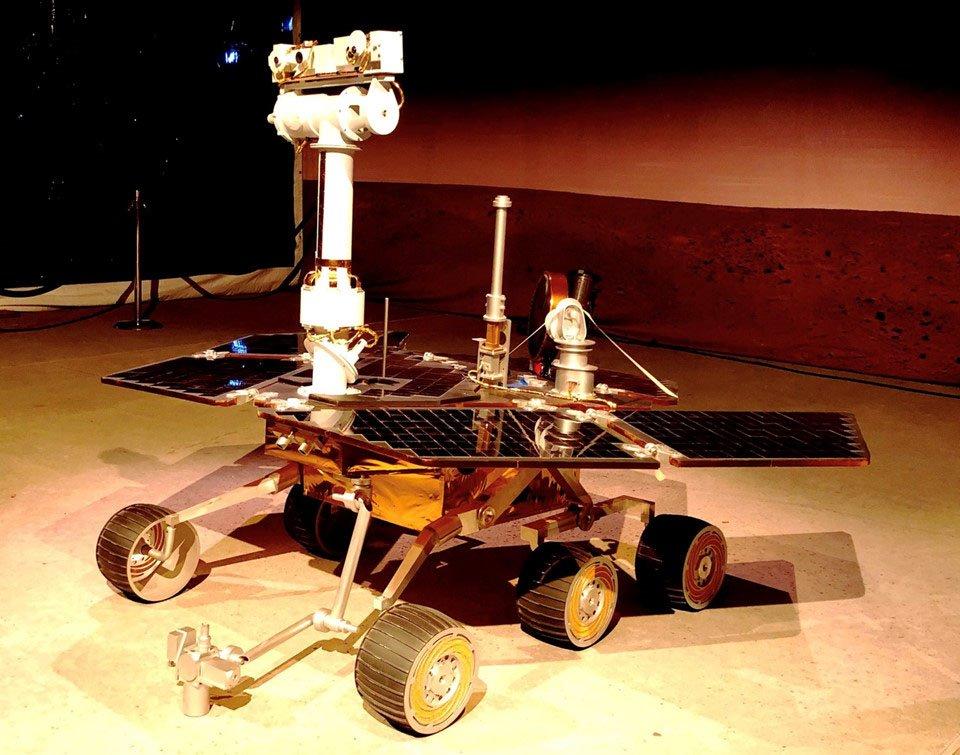 Đây là chú robot phi thường nhất của nhân loại   Không phải Wall-E, đây mới là chú robot phi thường nhất của nhân loại