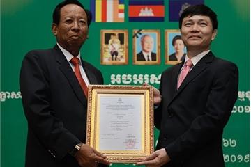 Viettel sẽ đầu tư cho Metfone tiên phong trong việc xây dựng kinh tế số ở Campuchia