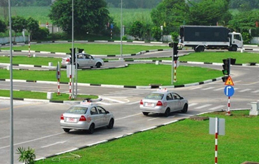 Sẽ thí điểm giám sát trực tuyến công tác sát hạch lái xe | Thí điểm giám sát trực tuyến công tác sát hạch lái xe tại Hà Nội, TP.HCM, Đà Nẵng, Hải Phòng