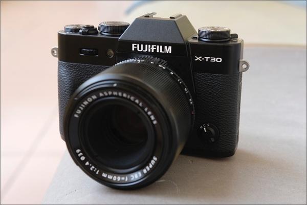 Trải nghiệm máy ảnh Fujifilm X-T30: Khủng long tí hon