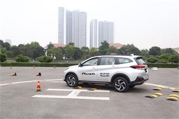 Tha hồ lái thử xe tại Thành phố Toyota