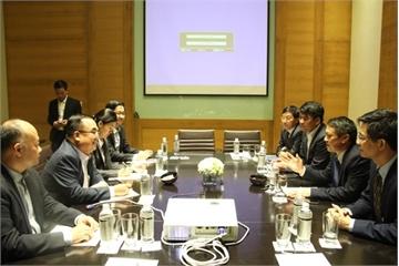 Bộ TT&TT Việt Nam sẵn sàng cử chuyên gia và chia sẻ kinh nghiệm, hỗ trợ Lào tổ chức Hội nghị 5G
