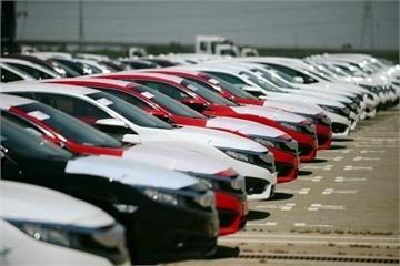 Giá xe nhập khẩu nguyên chiếc vào Việt Nam ngày càng rẻ