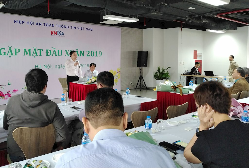 Việt Nam có những chuyên gia an toàn thông tin tầm cỡ thế giới   Cục An toàn thông tin chia sẻ quan điểm về cường quốc an toàn, an ninh mạng