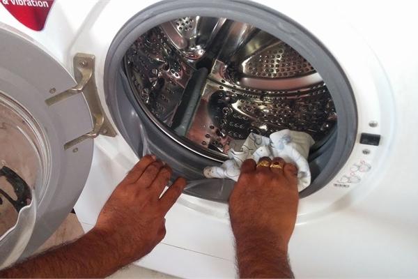 Cách vệ sinh máy giặt đơn giản và hiệu quả