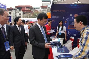 Hơn 100 trường đại học tại Việt Nam bàn vấn đề phát triển nhân lực ICT trình độ cao