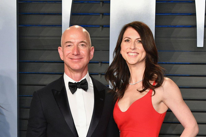 Vo cu Jeff Bezos duoc chia 35 ty USD sau ly hon hinh anh 1