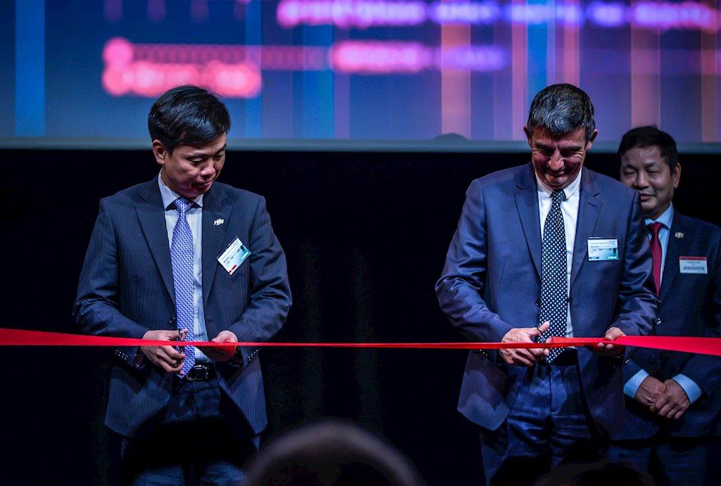 FPT mở văn phòng thứ hai tại Pháp, đã hiện diện tại 45 quốc gia | Mở thêm văn phòng tại Pháp, FPT thúc đẩy hợp tác với hãng sản xuất máy bay Airbus