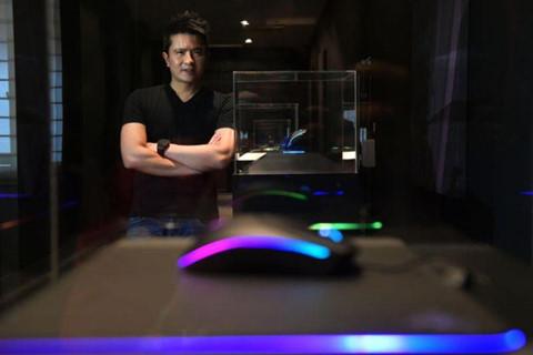 CEO Min-Liang Tan - ty phu nghien game, bo hoc de lap Razer hinh anh 2