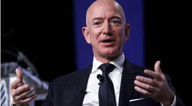 Amazon co the phong hang ngan ve tinh phat song Internet hinh anh 1