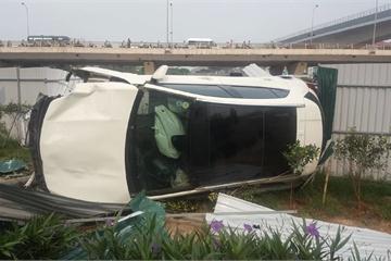 Phụ nữ lái xe: Sơ sẩy một chút gây tai nạn kinh hoàng