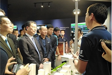 Tạo môi trường cho giới trẻ Việt Nam nắm bắt những xu hướng mới về IoT