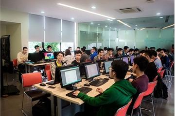 Bộ GD&ĐT khuyến khích các trường đại học mở mã ngành đào tạo công nghệ mới phục vụ chuyển đổi số
