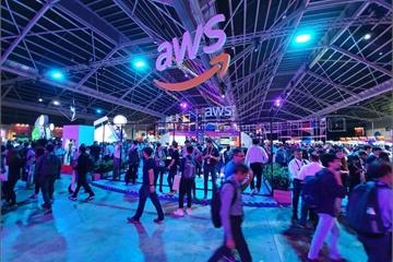 Hàng loạt công ty khởi nghiệp và doanh nghiệp lớn tham dự sự kiện AWS Summit Singapore 2019