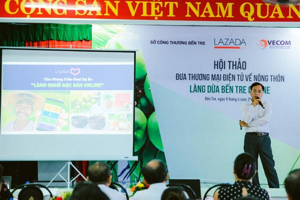 Học công ty mẹ Alibaba, Lazada muốn trở thành trùm TMĐT ở nông thôn Việt Nam - Ảnh 1.