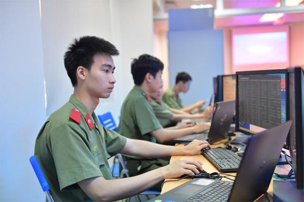 Nội dung bẩn trên không gian mạng đang đe dọa giới trẻ Việt Nam