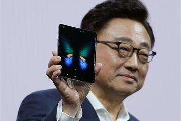 Toàn bộ diễn biến vụ Samsung hủy bán Galaxy Fold trên toàn cầu