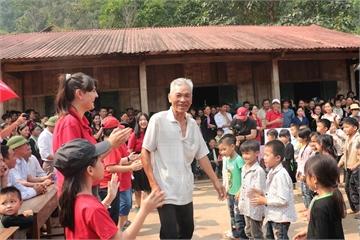 Giải chạy Apax Happy Run 2019 cho học sinh quyên tiền xây dựng trường học ở huyện Sìn Hồ