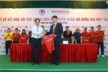 Honda Việt Nam tài trợ chính cho các đội tuyển bóng đá quốc gia trong 2 năm