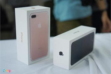 Máy xách tay đời cũ giảm giá dịp lễ, iPhone 7 còn hơn 5 triệu đồng