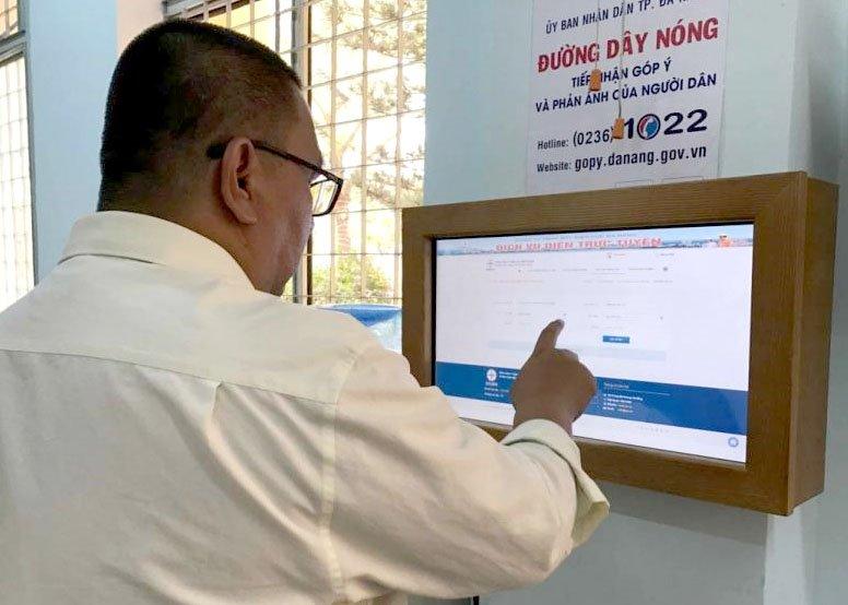 Địa phương dẫn đầu cả nước về ứng dụng CNTT chia sẻ cách thu hút người dân dùng dịch vụ công trực tuyến   Đà Nẵng đã làm thế nào để thu hút người dân sử dụng dịch vụ công trực tuyến?