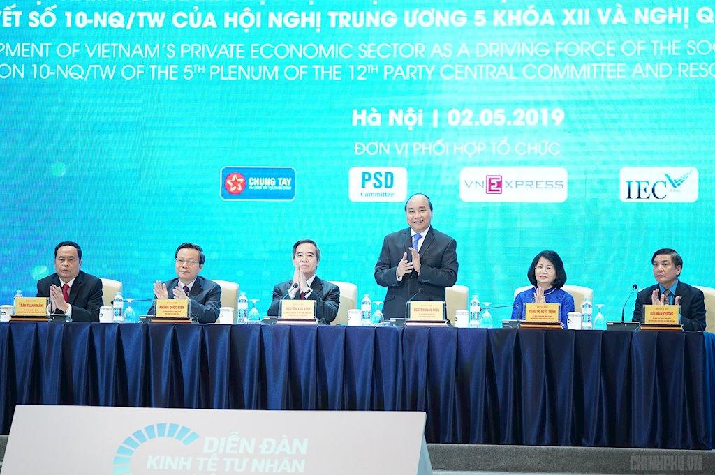 Thủ tướng: Chú trọng hơn nữa hạ tầng viễn thông thông minh | Đề án chuyển đổi số quốc gia sẽ tạo điều kiện cho khởi nghiệp thành công