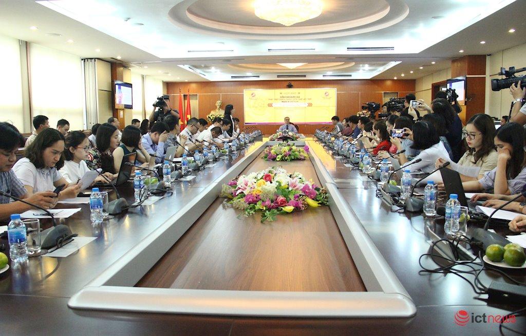 Tạo sức cạnh tranh cho doanh nghiệp công nghệ Việt vươn ra thế giới | Đưa Việt Nam trở thành nước có thu nhập cao vào năm 2045 | Trong cách mạng 4.0, doanh nghiệp Việt hoàn toàn có thể làm chủ cuộc chơi trên sân nhà