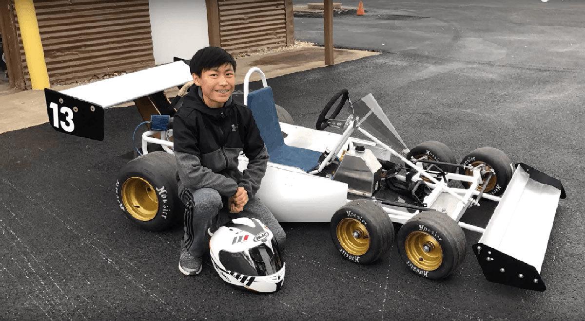 Cậu bé 13 tuổi chế tạo 'xe đua F1' 6 bánh
