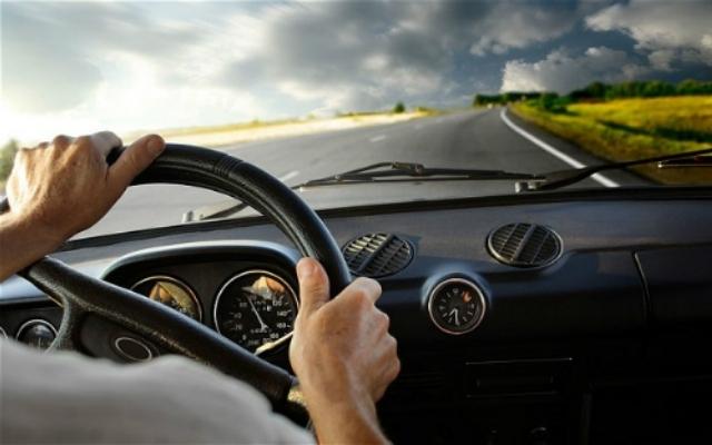 Lưu ý cho lái mới gặp tình huống oái oăm trên đường