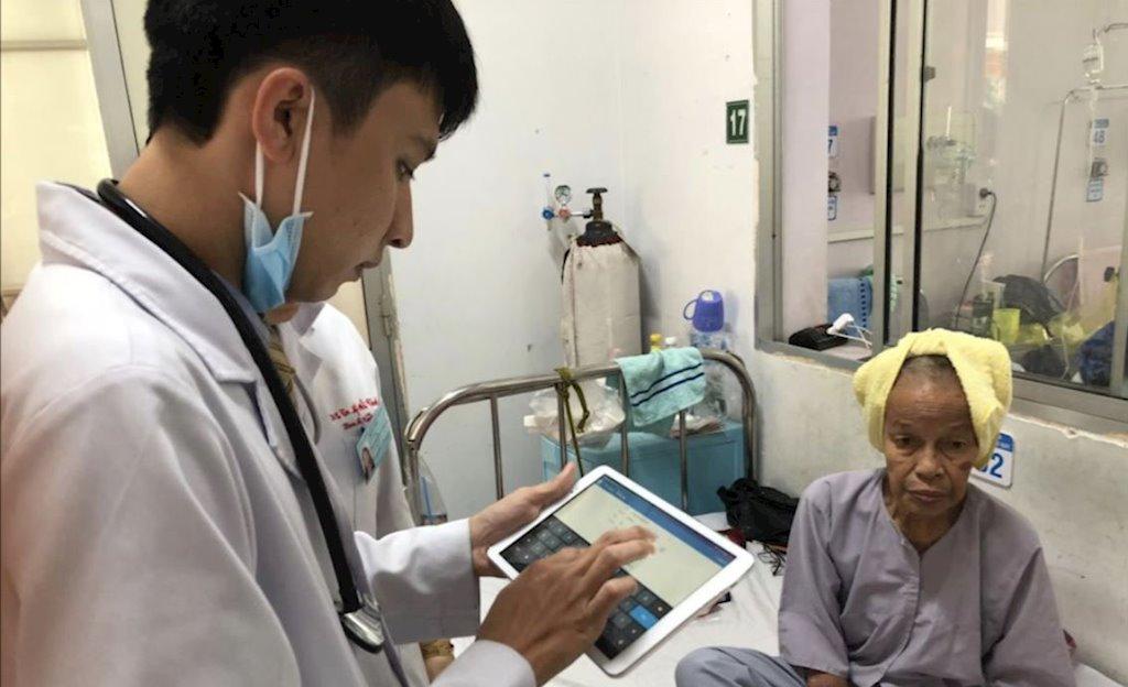 """""""Doanh nghiệp công nghệ Việt đủ năng lực để giải hầu hết các bài toán ngành y tế"""""""