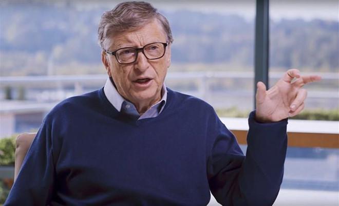 Trong 100 phut, Bill Gates kiem tien bang nguoi khac cat luc ca doi hinh anh 2
