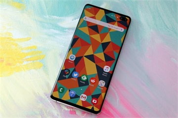 """""""Nội gián"""" Samsung hé lộ công ty sắp ra smartphone với thiết kế đột phá mới"""