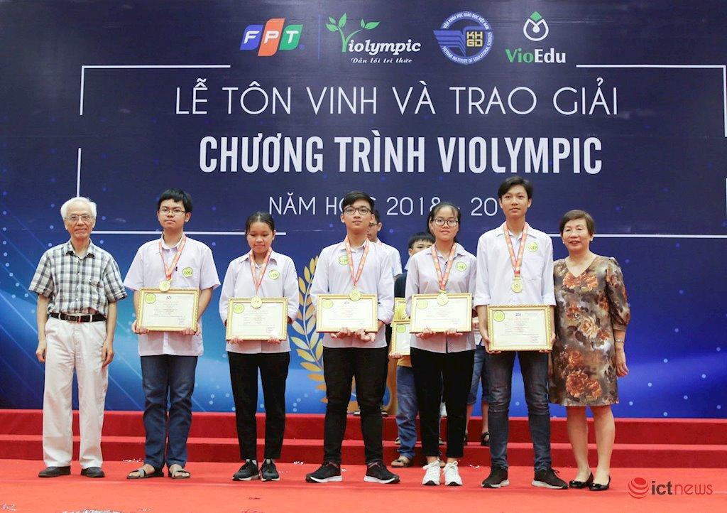 Vinh danh hơn 1.900 học sinh miền Bắc đoạt giải cuộc thi ViOlympic năm học 2018-2019
