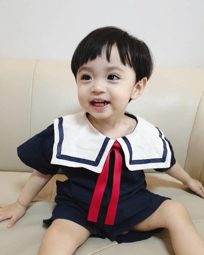 Be trai Han Quoc dang yeu, tro thanh ngoi sao quang cao tren mang hinh anh 7