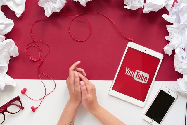 Các cụ nông dân thi nhau debut làm YouTube, phải chăng kiếm tiền trên đó dễ như chơi? - Ảnh 3.