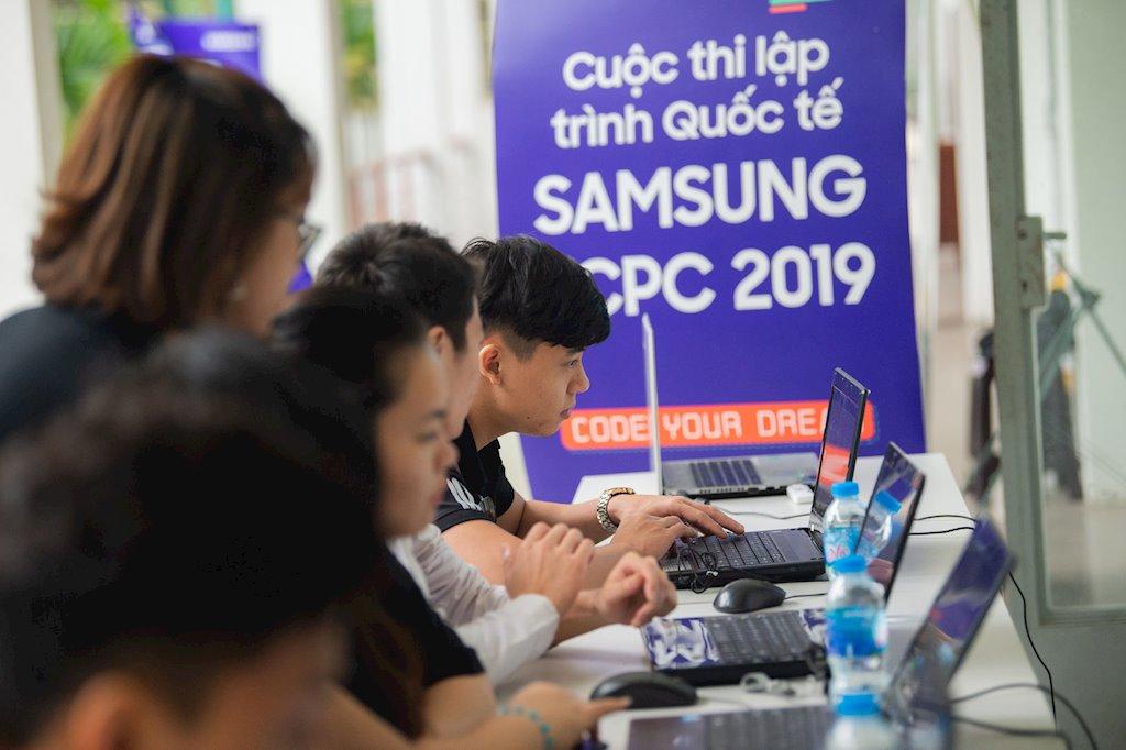 Sếp Samsung Electronics Việt Nam: Sinh viên Việt Nam là đối thủ mạnh về lập trình tại châu Á | Samsung khởi động mùa thứ ba cuộc thi lập trình quốc tế SCPC | Chính thức khởi động cuộc thi lập trình quốc tế SCPC 2019 dành cho sinh viên