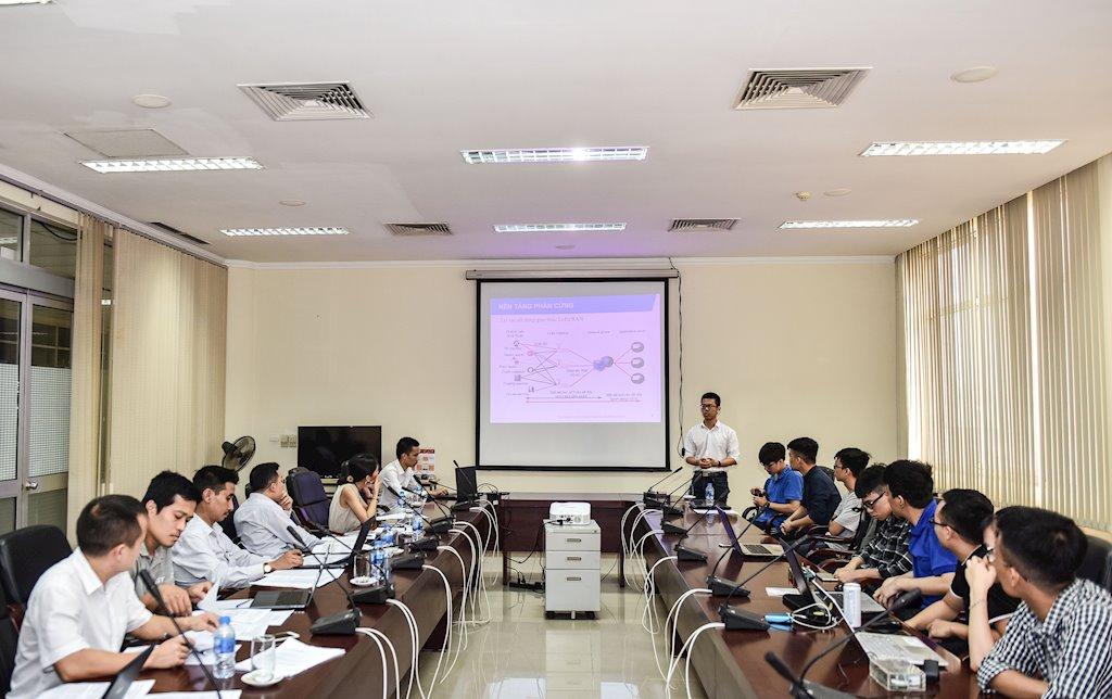 Gần 800 sinh viên Đại học Bách khoa Hà Nội tranh tài nghiên cứu khoa học