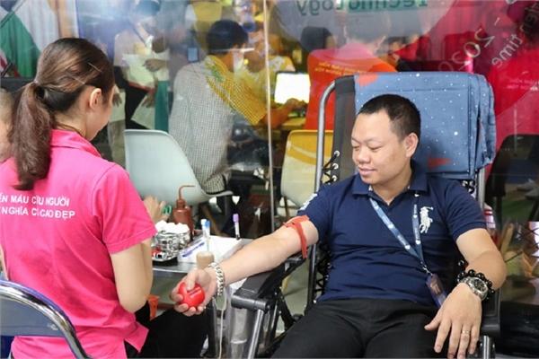 """NextTech Group tổ chức ngày hội hiến máu """"Giọt hồng trao yêu thương"""""""