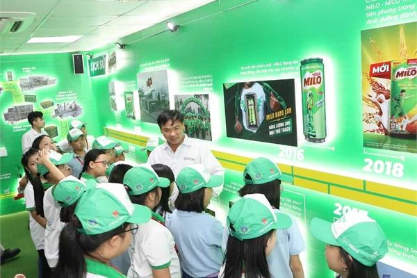 Nestlé và mGreen phân loại và tái chế rác thải qua ứng dụng trên smartphone