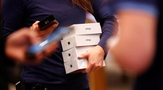 Nhom toi pham lua dao chiem doat so iPhone tri gia 19 trieu USD hinh anh 2