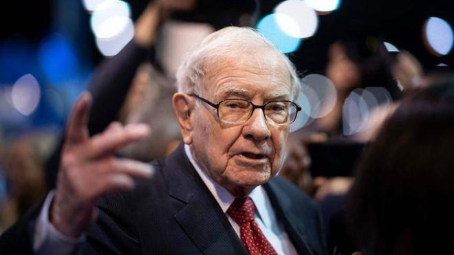 Tỷ phú Warren Buffett bị đôi vợ chồng đa cấp lừa 340 triệu USD