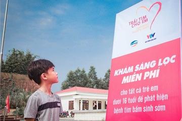 """Viettel tổ chức 1200 điểm giao dịch tiếp nhận hồ sơ chương trình """"Trái tim cho em"""""""