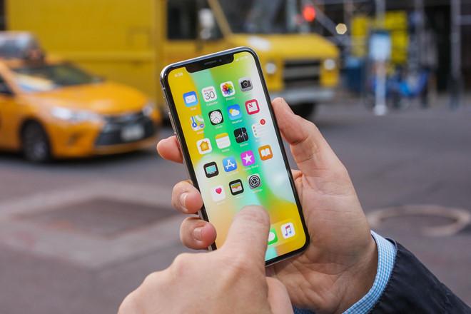 iPhone e am, Apple co the phai boi thuong Samsung hinh anh 1