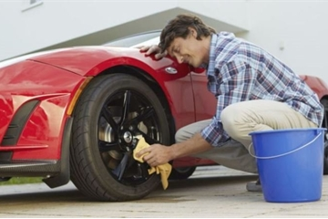 Cách bảo vệ hiệu quả cho xe dưới trời nắng nóng