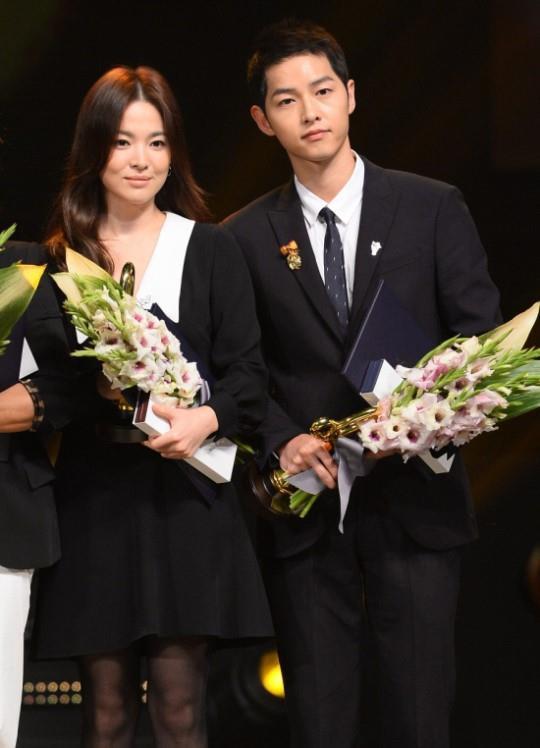 Dan mang Han noi ve vu Song - Song ly hon: 'Dau buon nhu mat di ky uc' hinh anh 2