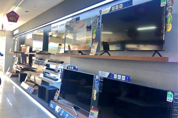 """TV Asanzo chưa kịp lên kệ siêu thị đã bị gỡ vì nghi án """"hàng Trung Quốc gán mác Việt Nam"""""""