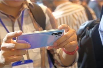Huawei P30 Pro hàng cũ giảm giá 2-3 triệu đồng