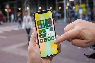 """Apple: Trung Quốc ngày càng """"đòi"""" quyền truy cập iPhone của người dùng nhiều hơn"""