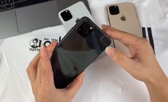 Truoc vai thang, YouTuber da khoe 'dap hop iPhone 11 Max' hinh anh 9